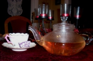 Tea with Mom - a Strawberry Lemonade Mate Tea