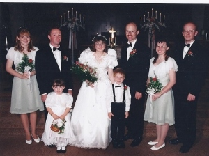 My traditional wedding party pose (feel free to laugh...)
