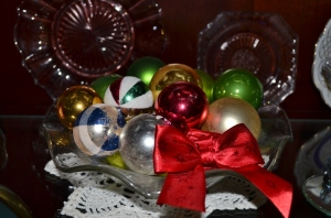 Christmas balls in a bowl