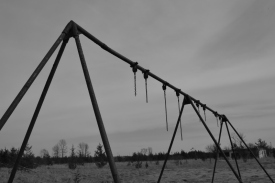Broken Swings (b/w)