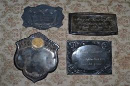 4 coffin plates
