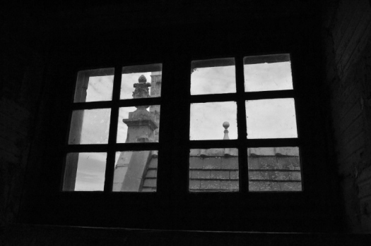 Window 2 (800x533)