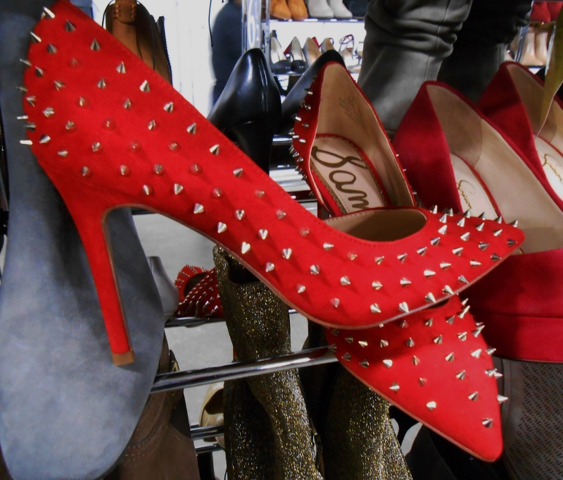 Red spike pumps